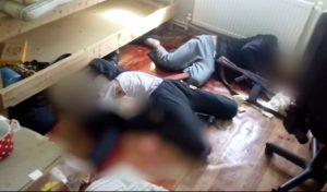 Νεκροί επίδοξοι τρομοκράτες σε αιματηρή συμπλοκή! Προσοχή, σκληρές εικόνες [vid]