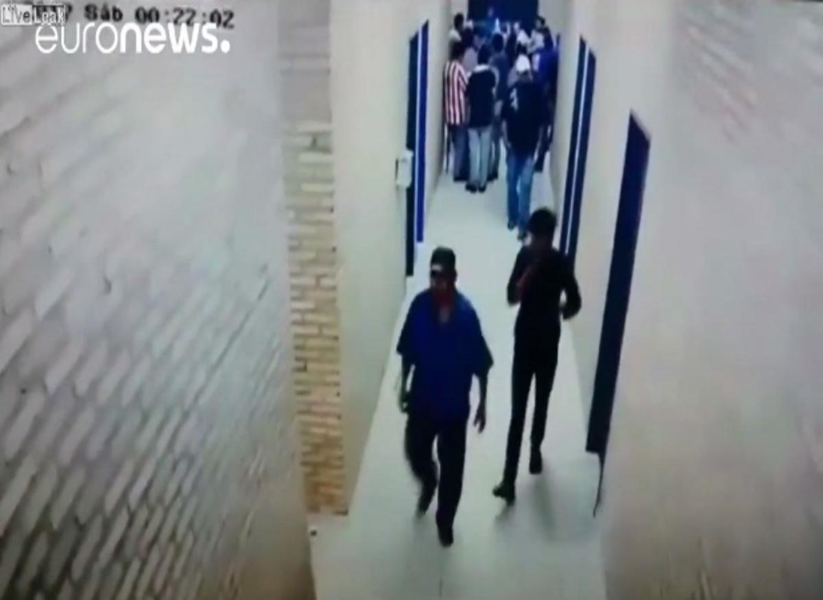 Χάος στην Παραγουάη! Η στιγμή που πυροβολούν στο κεφάλι ακτιβιστή [vid]