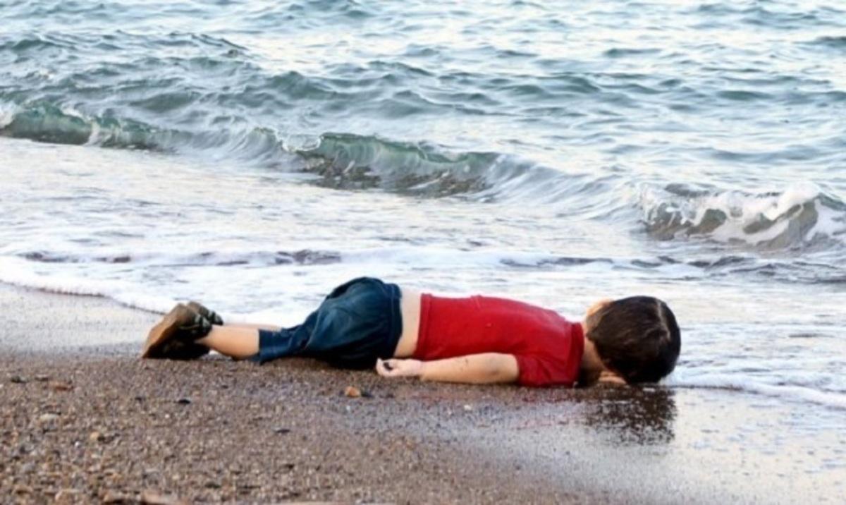 Αμπντουλά Κουρντί: Ο γιος μου πέθανε για το τίποτα – Τον έλεγαν Άλαν, όχι Αϊλάν…