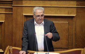 """""""Μολότοφ"""" Φλαμπουράρη για ασφαλιστικό! Οι διαφωνούντες να παραδώσουν την έδρα!"""
