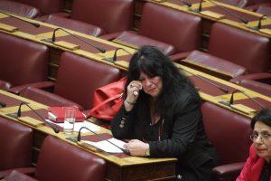 """Πλημμύρισε δάκρυα η Βουλή για τον Λουκιανό Κηλαηδόνη – Σπάραξε η Άννα Βαγενά, """"έσπασαν"""" Σκουρλέτης και Λυκούδης"""