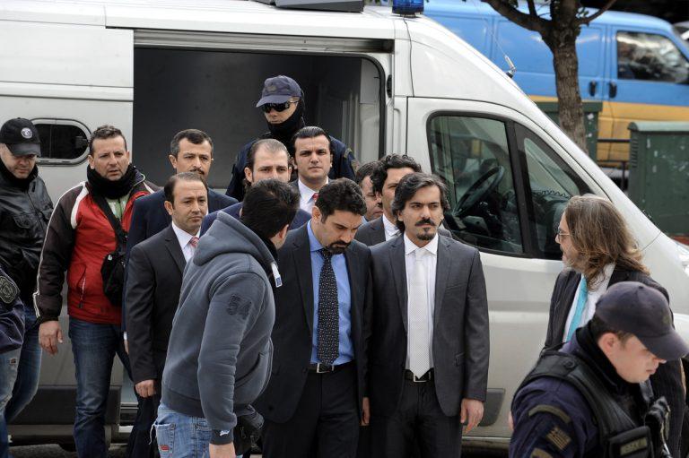Ζητούν παρέμβαση της Διεθνούς Ένωσης Δικαστών για τους 8 Τούρκους αξιωματικούς