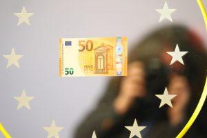 Έμειναν στα σεντούκια! Πόσα δισ. χάθηκαν σε όλη την Ευρωζώνη γιατί δεν ανταλλάχθηκαν