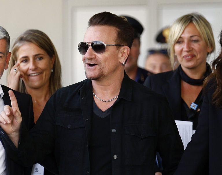 Η κόρη του Μπόνο των U2 πρωταγωνιστεί σε σειρά του Netflix (vid)