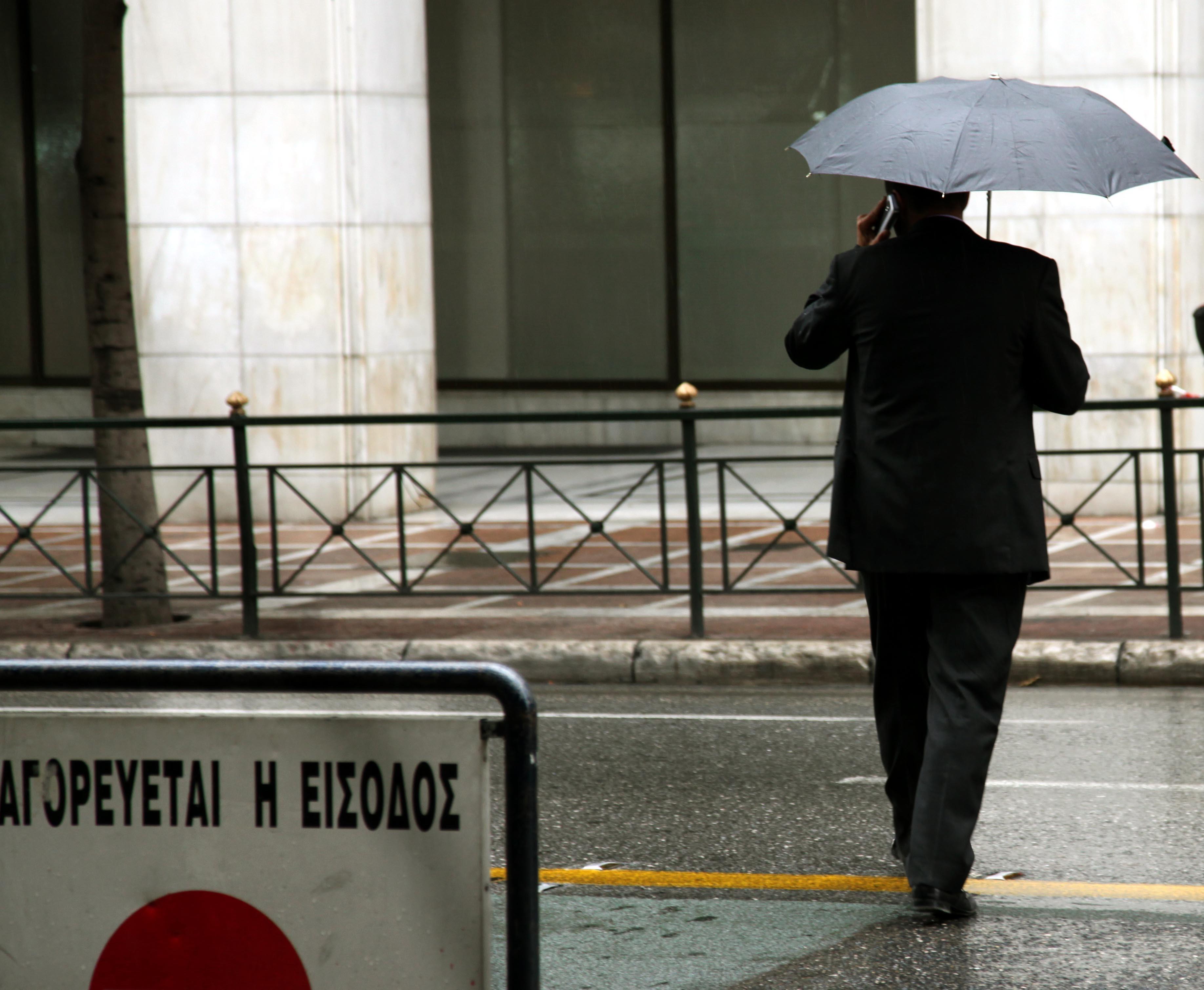 Τοπικές βροχές και καταιγίδες σε όλη τη χώρα