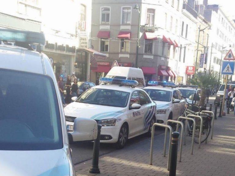 Συναγερμός ξανά στις Βρυξέλλες! Γυναίκα με ματσέτα τραυμάτισε επιβάτες λεωφορείου! Την πυροβόλησαν αστυνομικοί – Εκκενώθηκε η περιοχή
