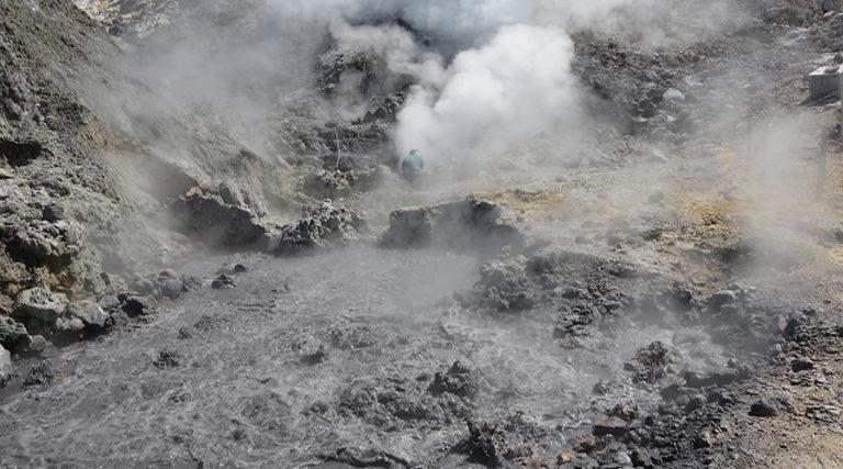 Κίνδυνος έκρηξης στα Φλεγραία Πεδία – Τρέμει η Ιταλία