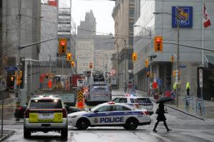 """""""Συναγερμός"""" στον Καναδά: Εκκενώθηκε το γραφείο του Τριντό [pics]"""