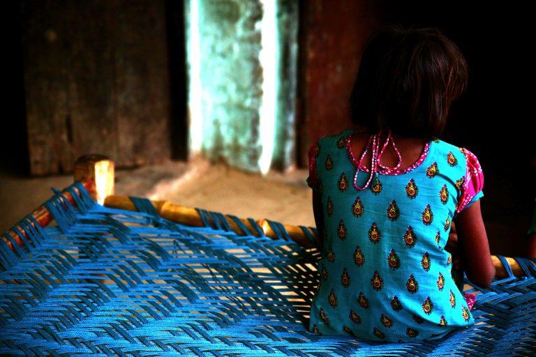 Πρωτοφανής αγριότητα: βίασαν επανειλημμένα 5χρονο κοριτσάκι στην τουαλέτα τζαμιού στην Ξάνθη – Δράστες ο θείος της, ο ξάδερφός της κι ένας φίλος του!