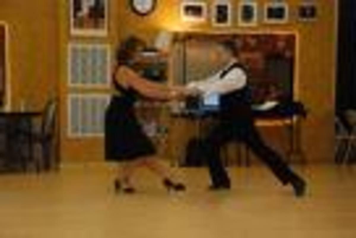 Γυμναστείτε …χορεύοντας