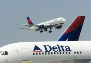 Νέος σάλος: Πιλότος της Delta Airlines χαστουκίζει επιβάτη! [vid]
