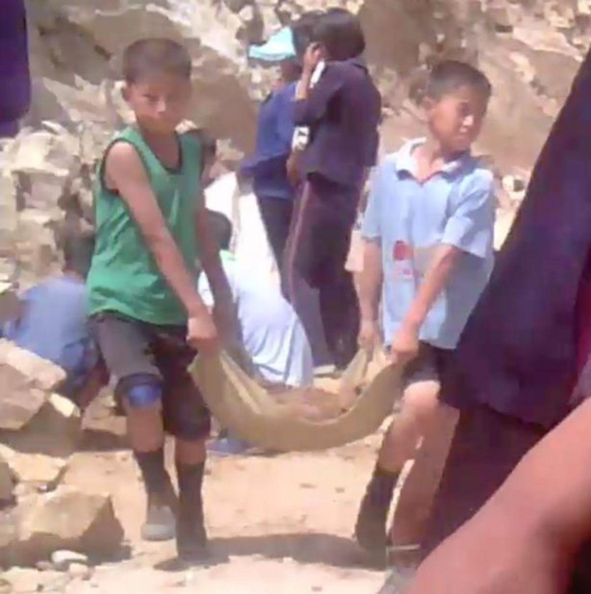 Πεντάχρονα παιδιά – σκλάβοι στην Βόρεια Κορέα του Κιμ Γιονγκ Ουν! [pics, vid]