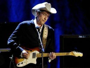 """Δεν βρίσκουν τον Bob Dylan για να του δώσουν το Νόμπελ! """"Σταματήσαμε να προσπαθούμε"""" λέει η Ακαδημία"""