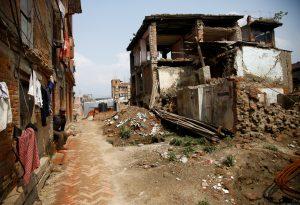 """Σεισμός """"μαμούθ"""" στις Φιλιππίνες – 7,2 Ρίχτερ και προειδοποίηση για τσουνάμι"""