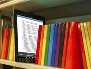 ΦΠΑ: Πιο φθηνά τα ηλεκτρονικά βιβλία