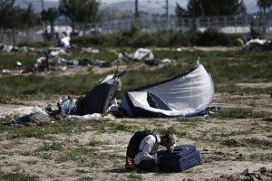 Άδειασε από πρόσφυγες η Ειδομένη – Ελεύθερες οι γραμμές του τρένου – Τι δήλωσε ο Τόσκας που βρίσκεται εκεί