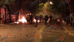 Ομπάμα στην Αθήνα – Δείτε live τα επεισόδια στα Εξάρχεια – Νέα καταδρομική επίθεση των κουκουλοφόρων
