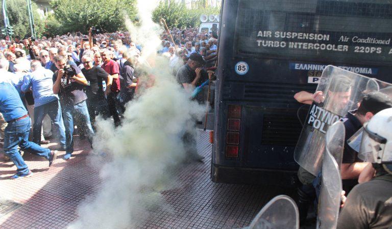 Τόσκας: Κι εγώ συνταξιούχος είμαι! Δίκαια τα αιτήματά τους! – Τι είπε στην απολογία του ο αστυνομικός
