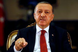 Πάνω από 1.600 ιδιωτικά εκπαιδευτικά ιδρύματα κλείνει ο Ερντογάν