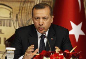 """Ο Ερντογάν τα """"έχωσε"""" στην Χουριέτ και έπεσαν οι μετοχές της!"""