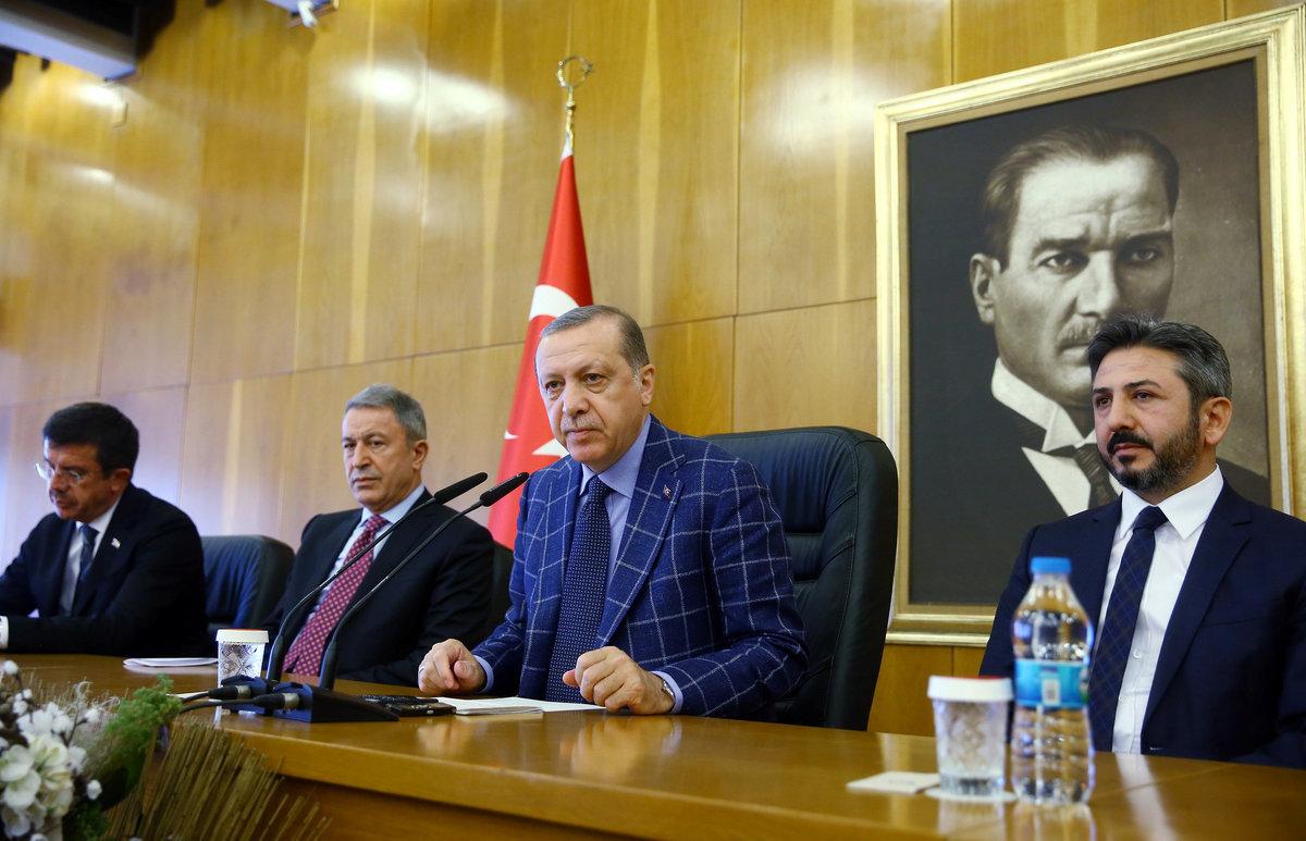 Ο Ερντογάν δεν συγχωρεί! Έσυρε στα δικαστήρια τον 80χρονο Πρόεδρο του Ομίλου Dogan