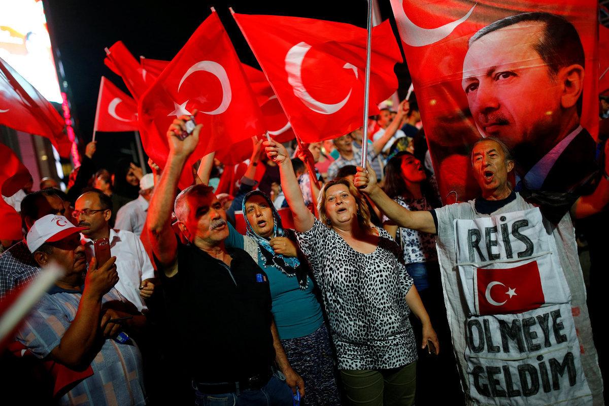 Ανατροπή στην Τουρκία! Δημοψήφισμα για να επαναφέρουν τη θανατική ποινή; Αστεία επιχειρήματα: Μας στέλνουν SMS και μας το ζητούν οι πολίτες