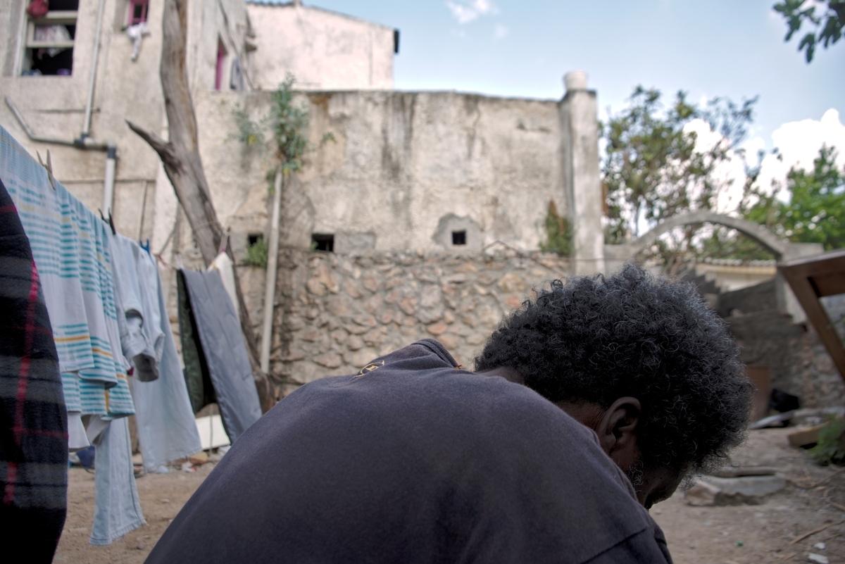 «Hate hurts»: Έκθεση φωτογραφίας για τα θύματα των εγκλημάτων μίσους στην Ελλάδα
