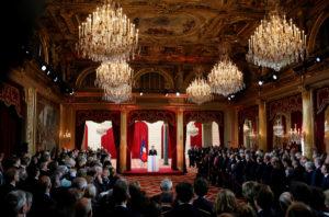 Μακρόν: Και επίσημα πρόεδρος της Γαλλίας! Οι πρώτες στιγμές μετά την ορκωμοσία [pics]
