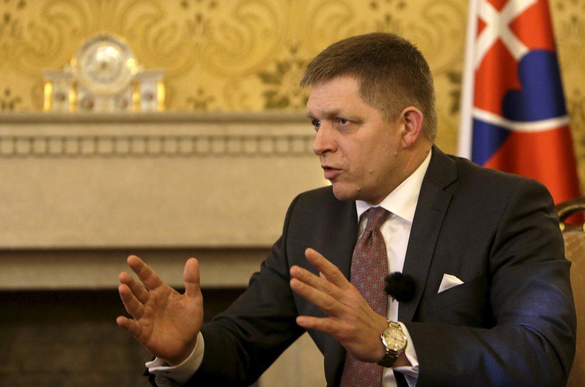 Σκληρή απάντηση της Ελλάδας στον Σλοβάκο πρωθυπουργό – «Στάζει χολή και παραληρεί», λέει το ελληνικό υπουργείο Εξωτερικών