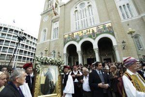 Αγία Φιλοθέη: Με κατάνυξη και λαμπρότητα γιορτάστηκε η μνήμη της πολιούχου των Αθηνών