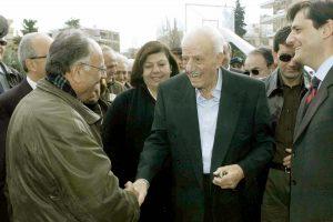 Πόλεμος Εφημερίδας των Συντακτών και ΚΚΕ για τον Χαρίλαο Φλωράκη