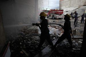 Φονική πυρκαγιά σε ουρανοξύστη ξεκλήρισε οικογένεια – Νεκρή μια γυναίκα και 3 παιδιά