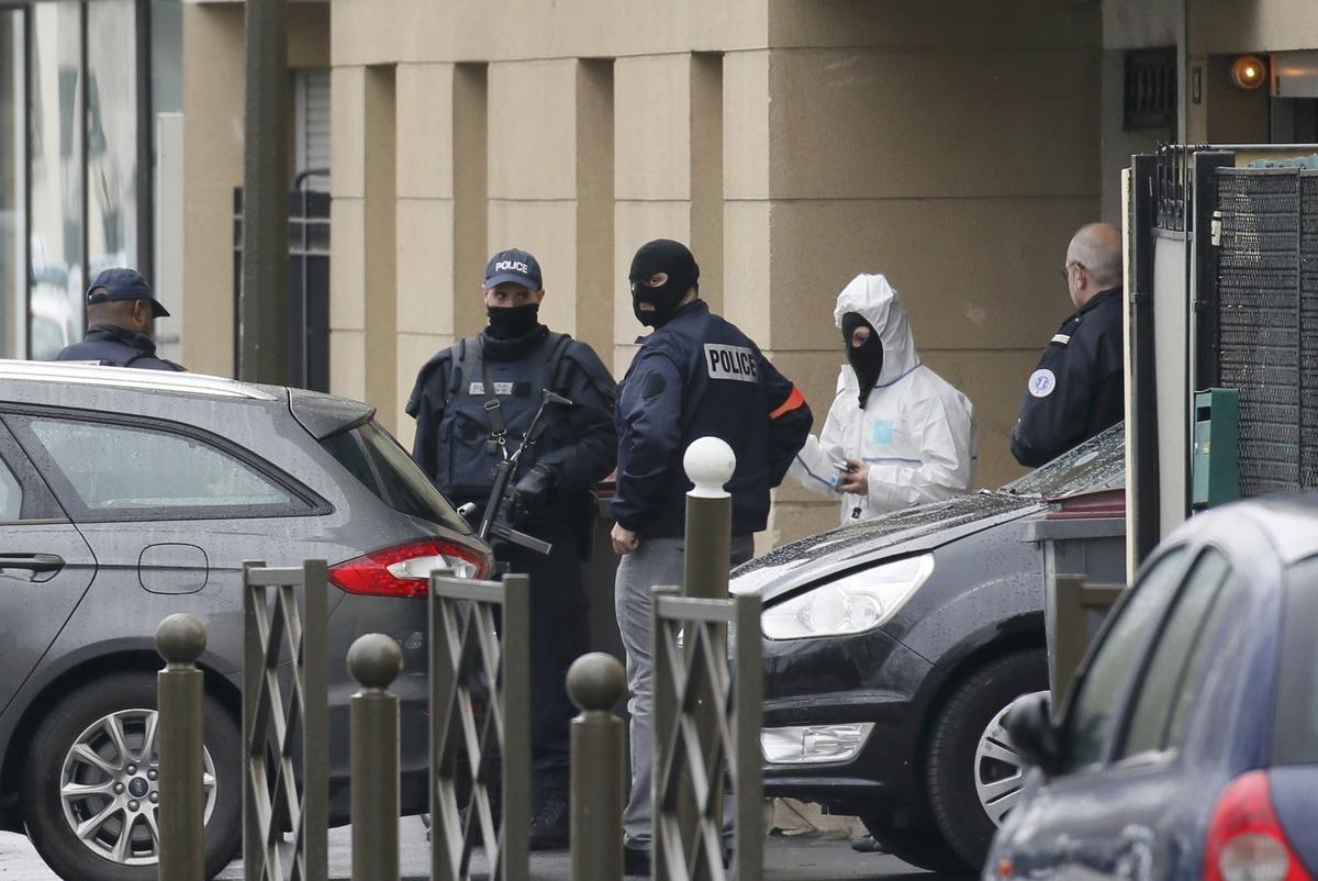 Γαλλία: Σύλληψη υπόπτων για τρομοκρατία – Ετοίμαζαν βόμβα λέει η αστυνομία