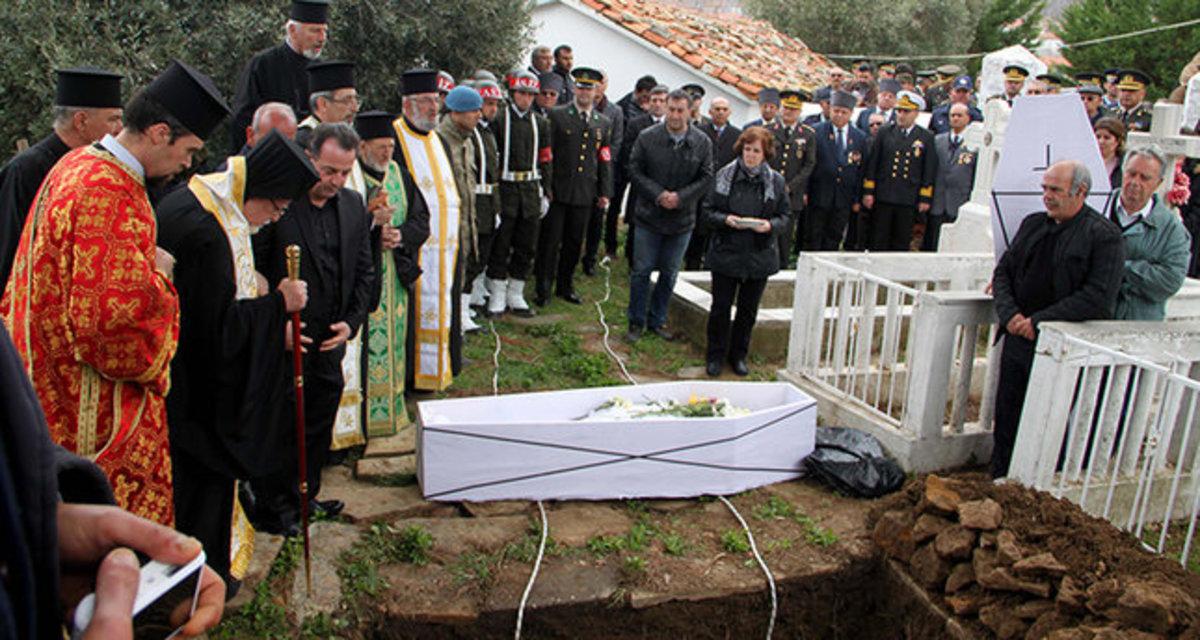 Κηδεία με τιμές ήρωα για τον Έλληνα που υπηρέτησε στον τουρκικό στρατό