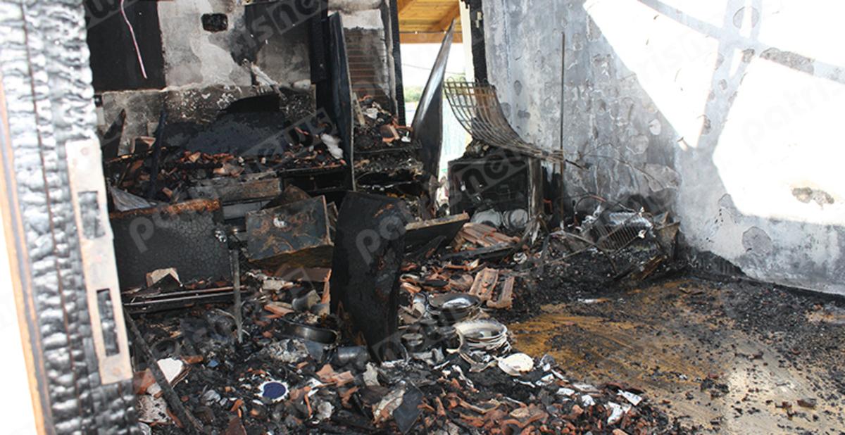 Ηλεία: Οικογένεια έμεινε στον δρόμο μετά από φωτιά – Έκκληση για βοήθεια [pics, vids]