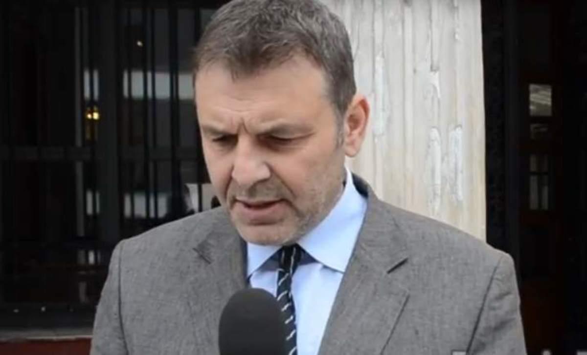 Μετανιωμένος ο Πρόεδρος που έκλεβε – Μάρτυρας και ο Γκλέτσος στην υπόθεση [vid]