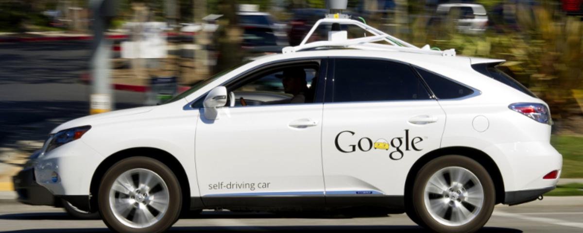 Τα αυτοκίνητα της Google έχουν τρακάρει 11 φορές!
