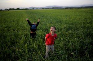 Τα παιδιά της Ειδομένης… – ΦΩΤΟ