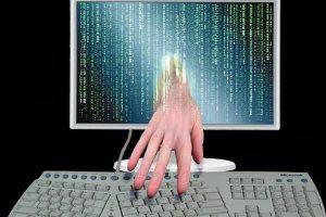 """Απόφαση σοκ από το Ευρωδικαστήριο για τα προσωπικά δεδομένα όσων """"σερφάρουν"""" στο internet"""