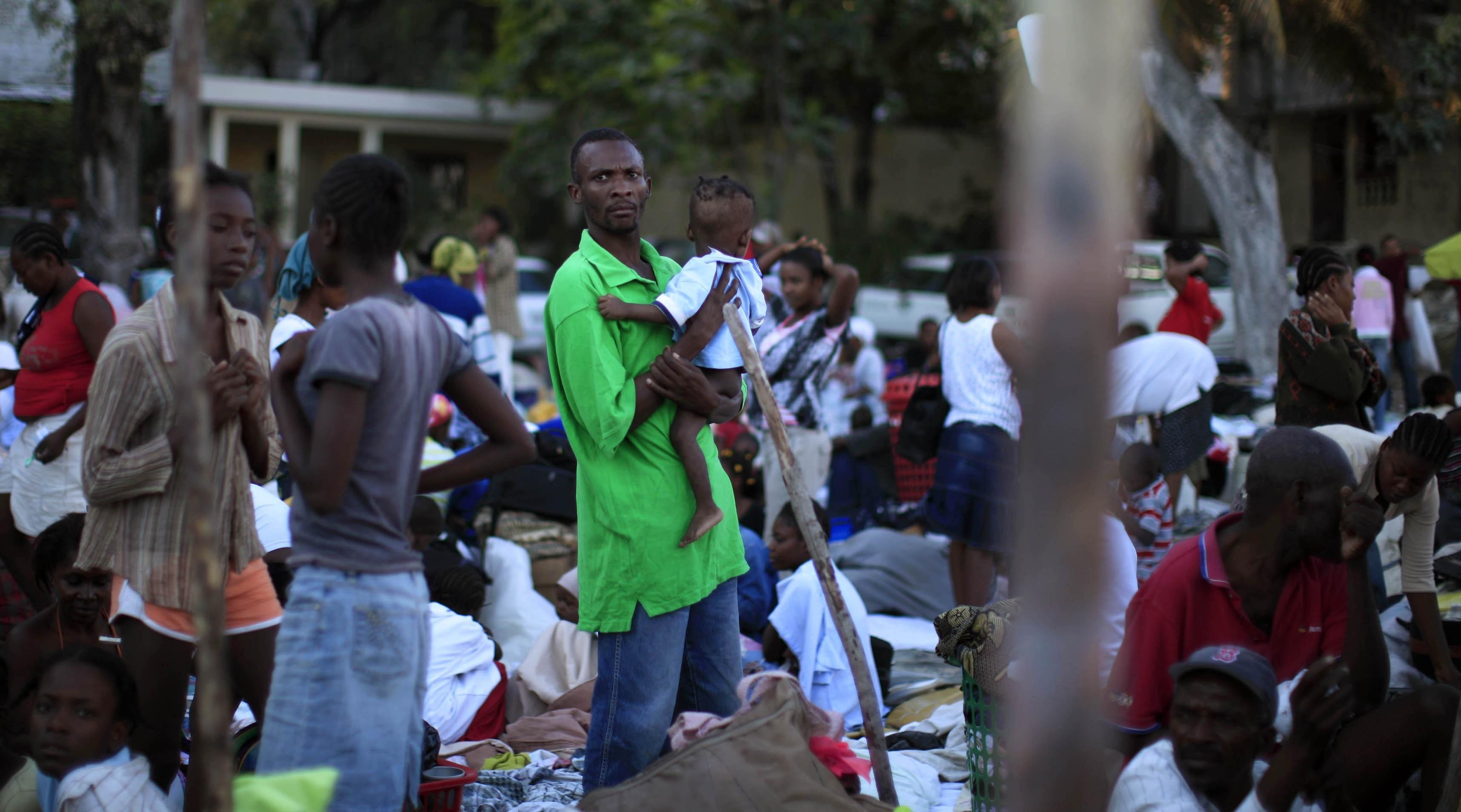 Χωρίς τέλος η απόγνωση όσων επέζησαν από τον καταστροφικό σεισμό ΦΩΤΟ REUTERS