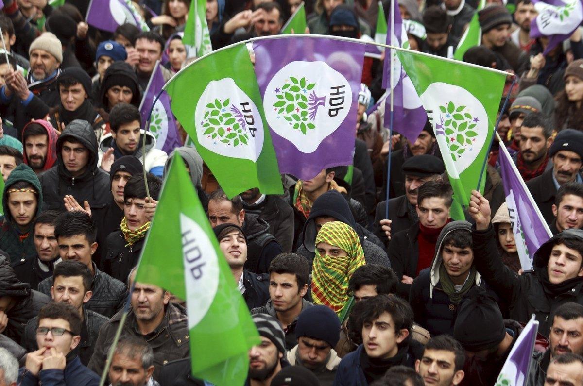 Τουρκία: Νέα προσφυγή για τον «στραγγαλισμό» του φιλοκουρδικού κόμματος HDP