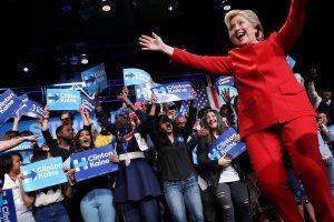 Debate – Δημοσκοπήσεις: 2-1 υπέρ του Τραμπ! [vid]