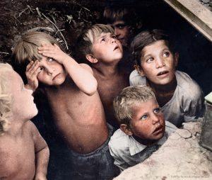 23 απίστευτα ιστορικές φωτογραφίες βρήκαν το χαμένο χρώμα τους