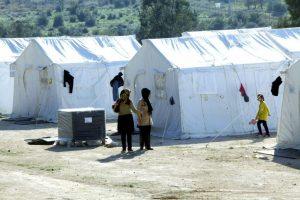 Θεσσαλονίκη: Δεσμεύσεις από τα αρμόδια υπουργεία ζητά ο δήμος Βόλβης για τη λειτουργία του κέντρου φιλοξενίας προσφύγων