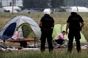 Ειδομένη: Την Τετάρτη συνεχίζεται η επιχείρηση εκκένωσης – Πάνω από 2000 πρόσφυγες μεταφέρθηκαν σε κέντρα φιλοξενίας