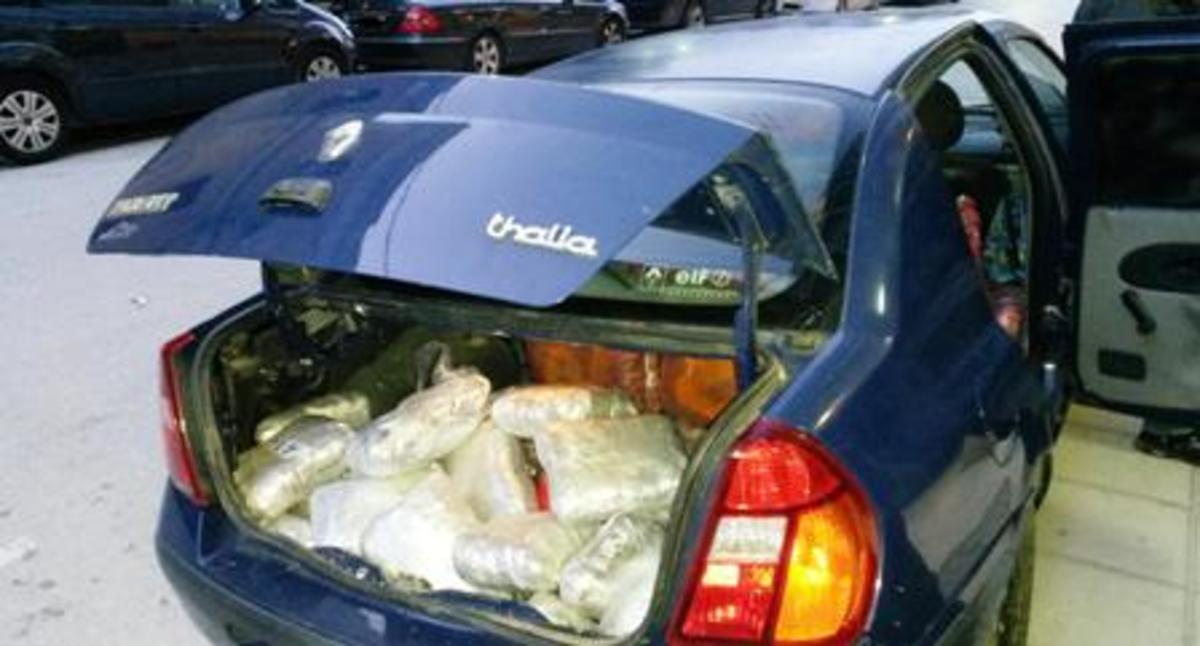 Ιωάννινα: Μπλόκο σε 298 κιλά χασίς στους Νεγράδες (ΦΩΤΟ)