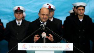 """Προκαλεί ο Τούρκος υπουργός Άμυνας: """"Πολιτική η απόφαση για τους 8"""""""