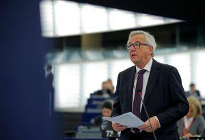 Γιούνκερ: Είναι ανάγκη να δημιουργήσουμε ευρωπαϊκό στρατό