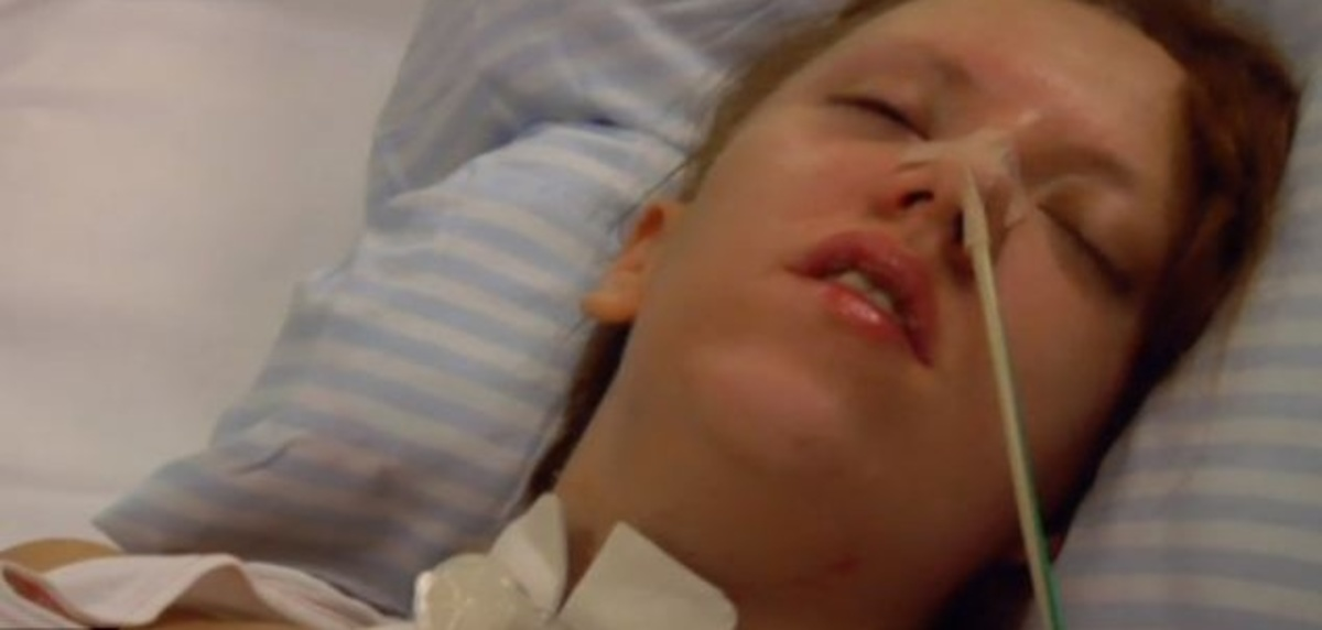 19χρονη ξύπνησε από κώμα την ώρα που θα της αφαιρούσαν τα όργανα – ΦΩΤΟ