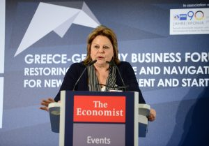 Λούκα Κατσέλη: Πιθανή η άρση των capital controls πριν το τέλος του 2016